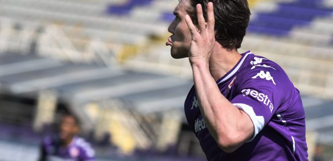 Dusan Vlahovic of ACF Fiorentina celebrats after scoring the goal on penalty of 1-0 during the Serie A football match between ACF Fiorentina and Juventus FC at Artemio Franchi stadium in Firenze Italy, April 25th, 2021. Photo Andrea Staccioli / Insidefoto andreaxstaccioli
