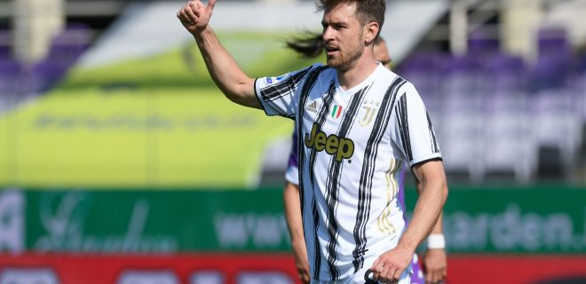 Aaron Ramsey of Juventus FC gestures during the Serie A match between Fiorentina and Juventus at Stadio Artemio Franchi, Florence, Italy on 25 April 2021. PUBLICATIONxNOTxINxUK Copyright: xGiuseppexMaffiax 28710075