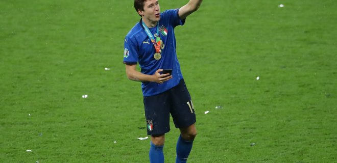 London, England, 11th July 2021. Jubilant Federico Chiesa of Italy during the UEFA EURO, EM, Europameisterschaft,Fussball 2020 final at Wembley Stadium, London. Picture credit should read: David Klein / Sportimage PUBLICATIONxNOTxINxUK SPI-1094-0187