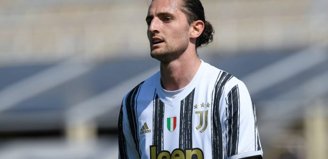 Adrien Rabiot of Juventus FC during the Serie A match between Fiorentina and Juventus at Stadio Artemio Franchi, Florence, Italy on 25 April 2021. PUBLICATIONxNOTxINxUK Copyright: xGiuseppexMaffiax 28710025
