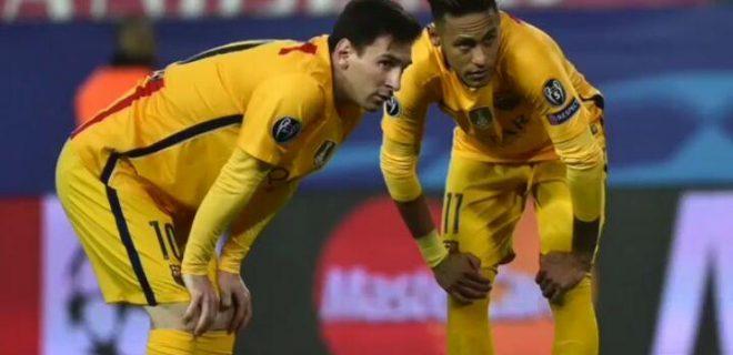 Messi saluta Neymar