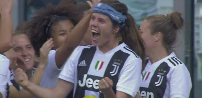 J Woman - Sofie Junge Pedersen goal vs Fiorentina