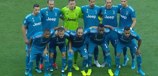 Juventus squadra foto di gruppo kit third blu